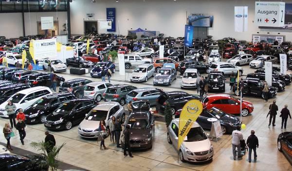 Die Gebrauchtwagenmesse in Freiburg: Südbadische Gebrauchtwagen-Verkaufsschau